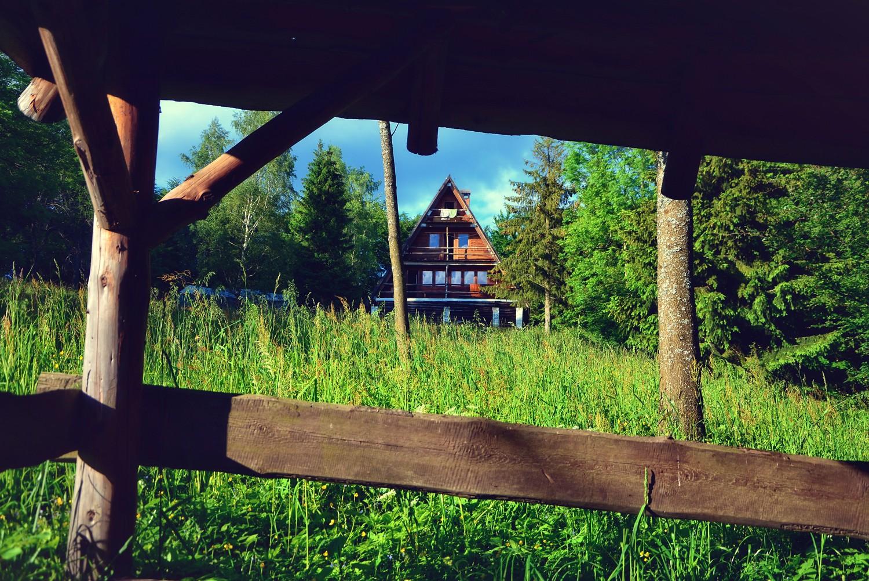 mountain hut in poland bieszczady chata socjologa