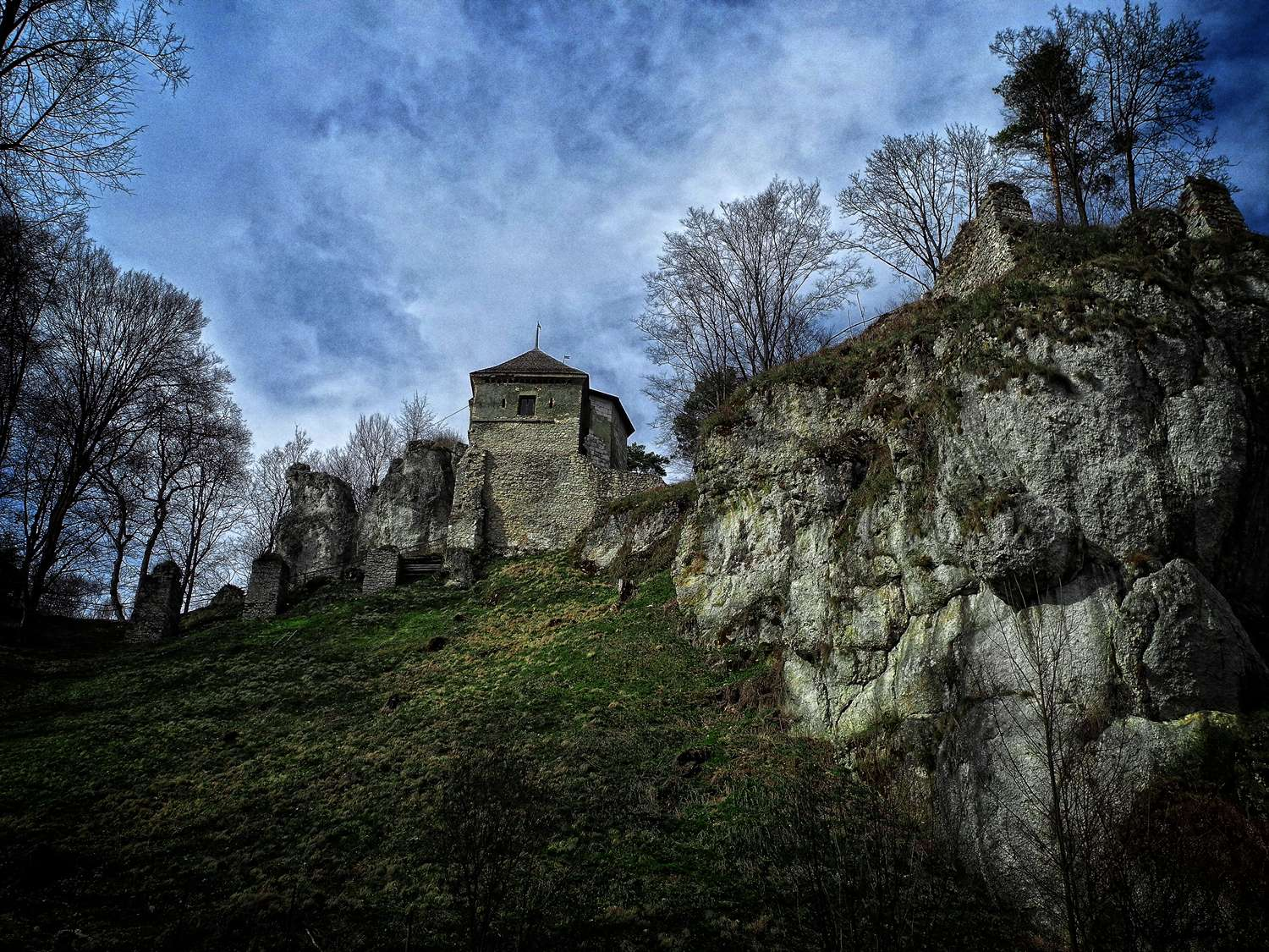 witcher locations castles in poland