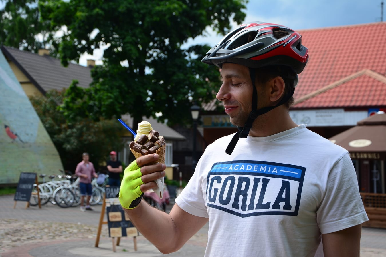 ice cream in poland biking in poland how much food in poland cost