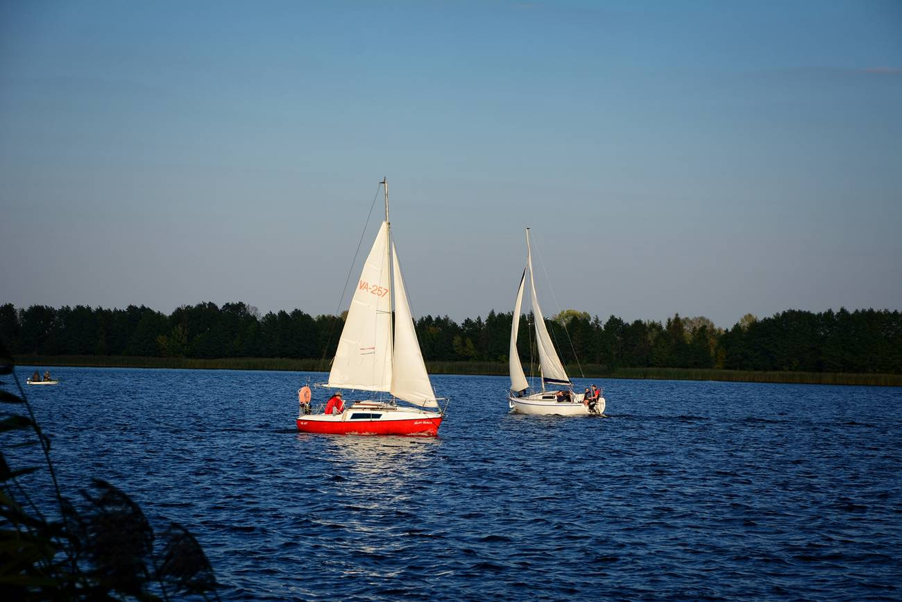 sailing in mazury renting yacht