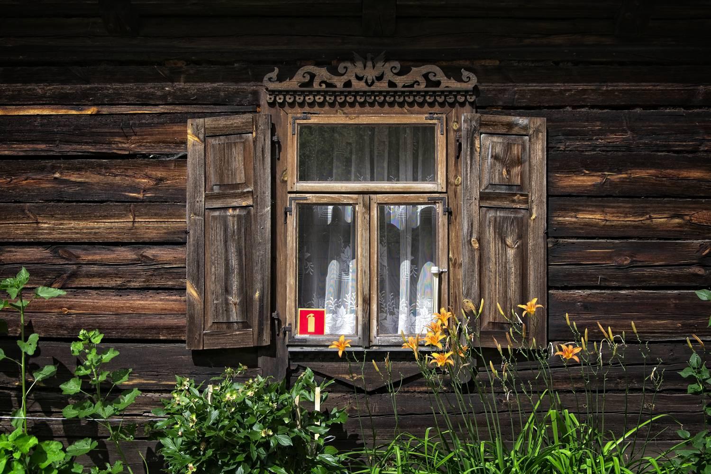 kurpie village poland wooden architecture nowogrod museum